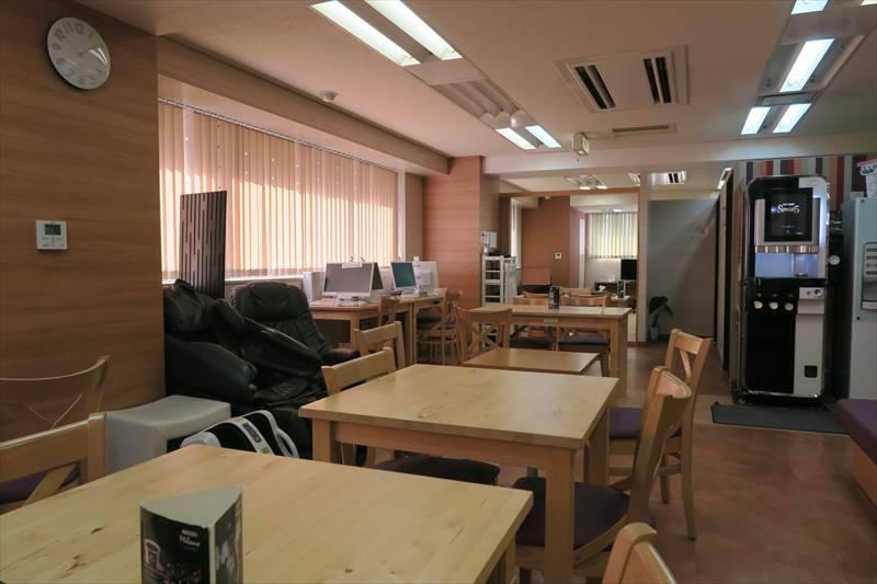コワーキングスペース HUBcafe TOKYO